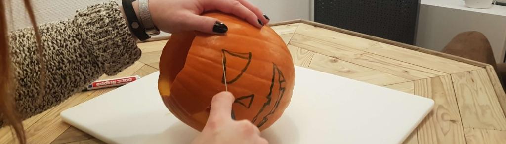 Step 3 Muster aufzeichnen Halloween Kürbis smart
