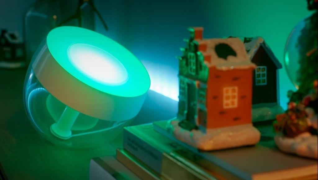 Philips Hue Iris Tischleuchte Weihnachtsbeleuchtung