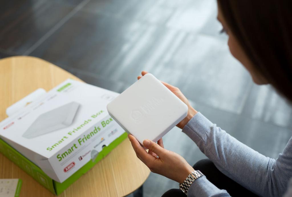 Schellenberg DRIVE Garagentorantriebe Smart Friends Box